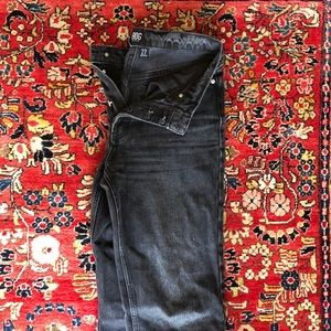 BDG NWOT Relaxed straight mid-rise black jeans